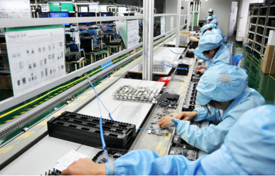 人工整列电子零件