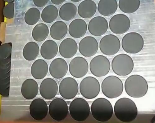 磁芯零件排列